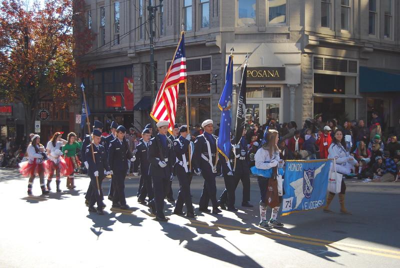 Parade 1195.jpg
