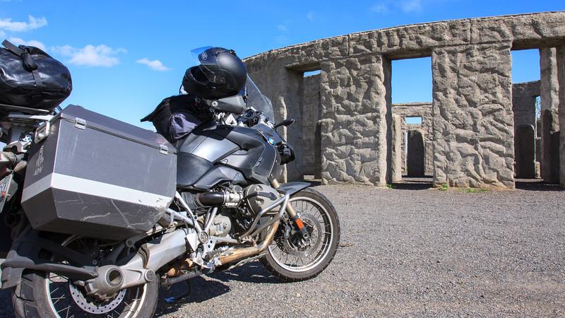 bike-stonehenge-11.jpg