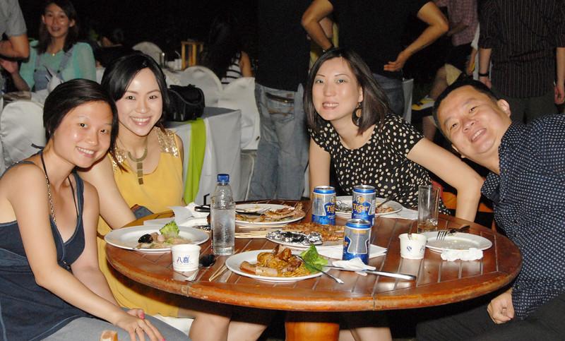 [20120630] MIBs Summer BBQ Party @ Royal Garden BJ (110).JPG