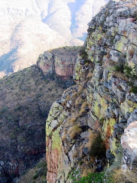 Drakensburg Mountains (2).jpg