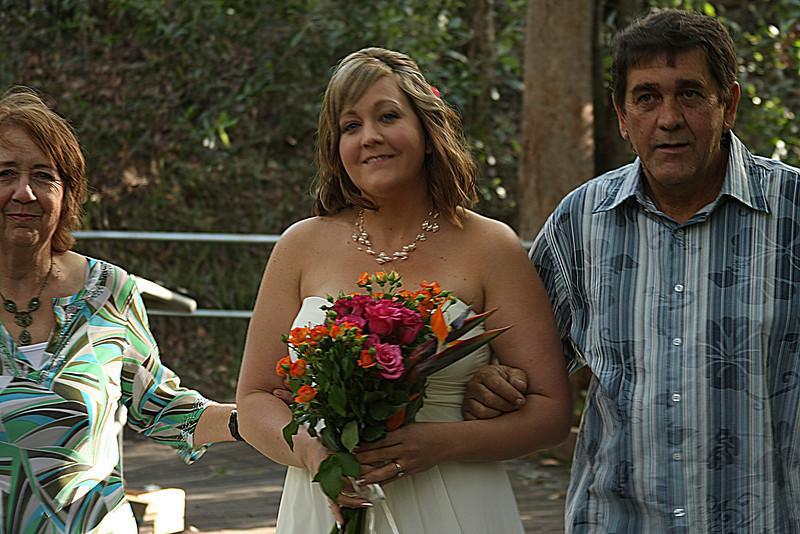 Natarsha and Ryans Wedding, Brisbane, Australia, December 2007. Raven Street Reserve at McDowall. Photography by Trent Williams.