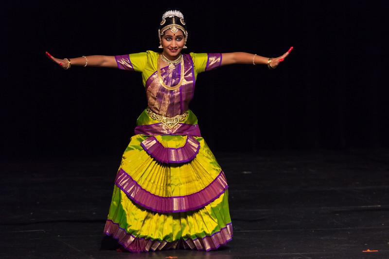 PriyaShreyaDance-0224.jpg