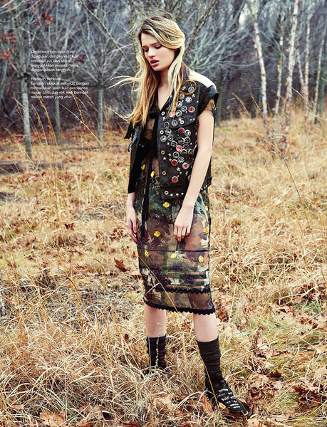 Hair-Stylist-Damion-Monzillo-Editorial-Fashion-Creative-Space-Artists-Management-harpers-bazaar-magazine-2.jpg