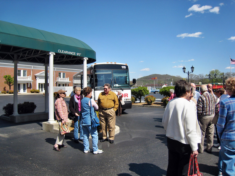 Forest Hills Baptist Climbers Travel and Visit Cumberland Museum in Williamsburg, KY
