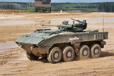 K-17 with B05Ya01 Berezhok (BMP-K Berezhlivyi)