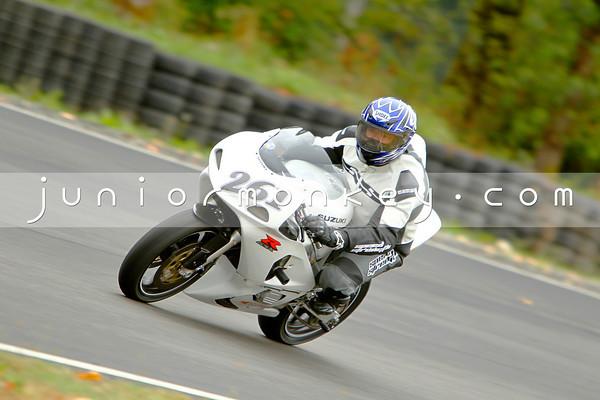 #261 - White GSXR