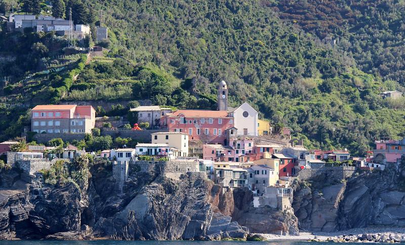 Italy-Cinque-Terre-Vernazza-02.JPG
