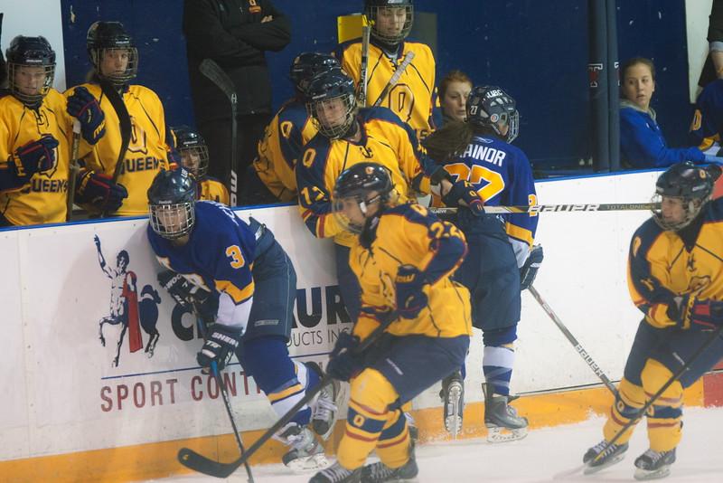 20130310 QWHockeyvsUBC 380.jpg