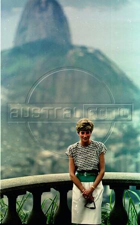 Lady Di visits Rio de Janeiro