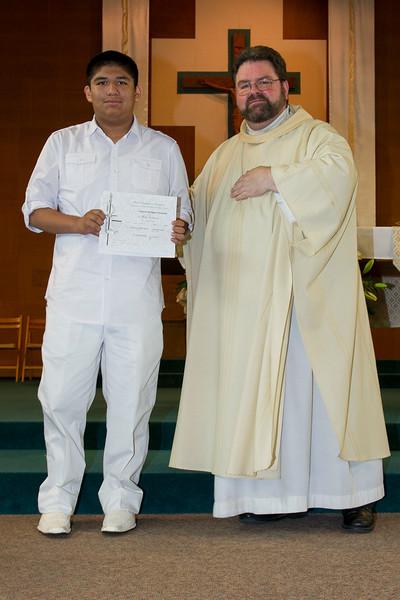 Communion Hispanic-9155-21 4x6.JPG