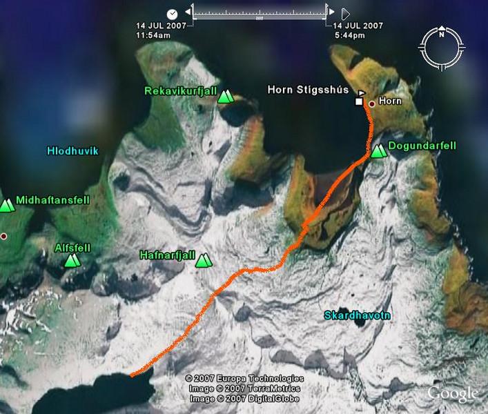 Leiðin úr Veiðileysufirði yfir Hafnarskarð að Horni. Auðvitað var ekki svona mikill snjór - en þessi mynd frá Google Earth er frá öðrum tíma árs.