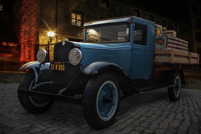 blue-food-truck.jpg