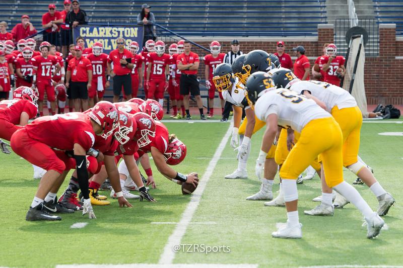 OHS Varsity Football vs Romeo 8 25 2017-3042.jpg