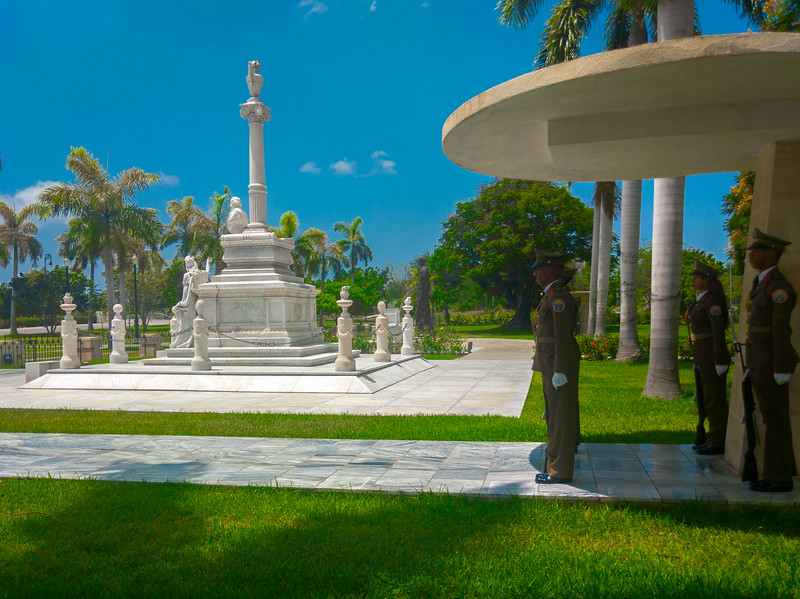 santa ifigrnia cemetery santiago de cuba-4.jpg