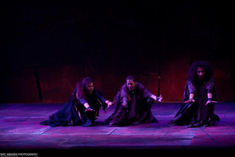 Macbeth-017.jpg