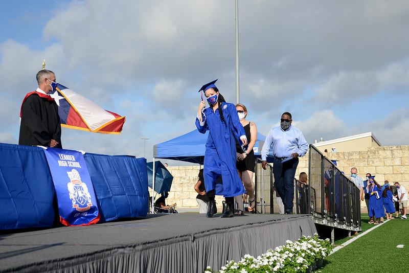 LHS-Graduation_014.jpg