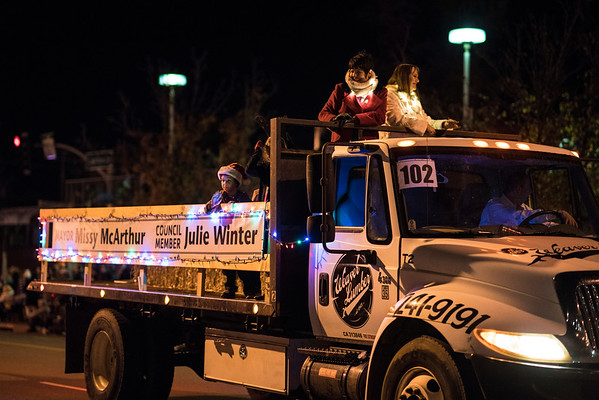 Light_Parade_2016-05452.jpg