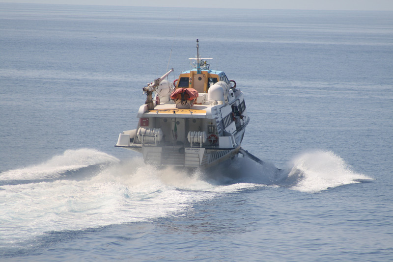 2009 - HSC MIRELLA MORACE departing from Rinella.