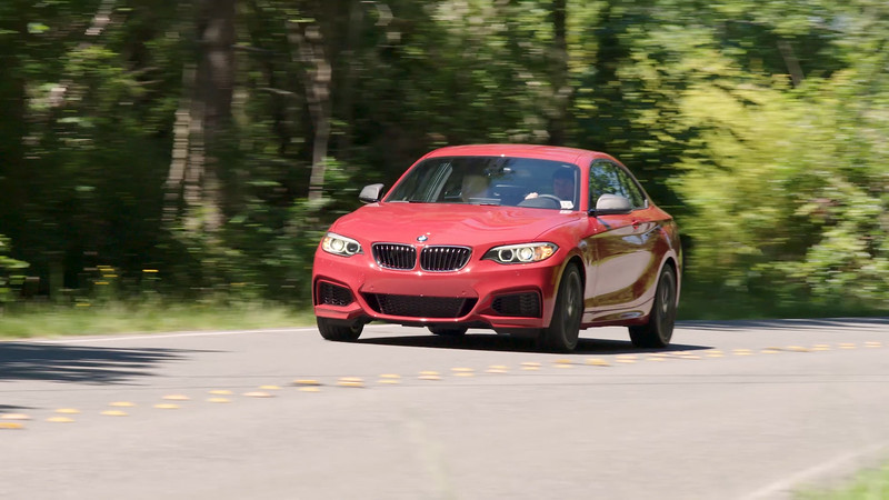 2017 BMW M240i xDrive Coupe Driving Reel