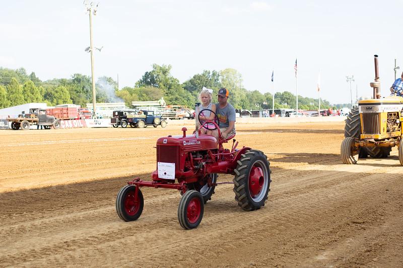 Antique Tractor Parade-44.jpg