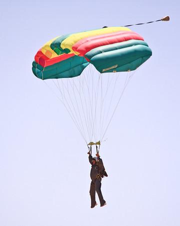 Skydive Taft 6-2-13 Old Farts Boogie