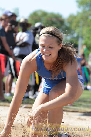 D1 Featured V - 2014 MHSAA T&F Finals