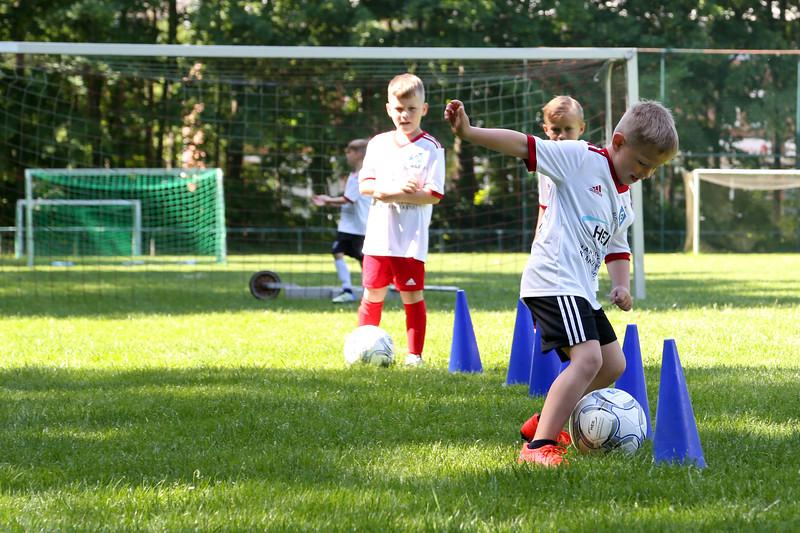 hsv_fussballschule-182_48047992043_o.jpg