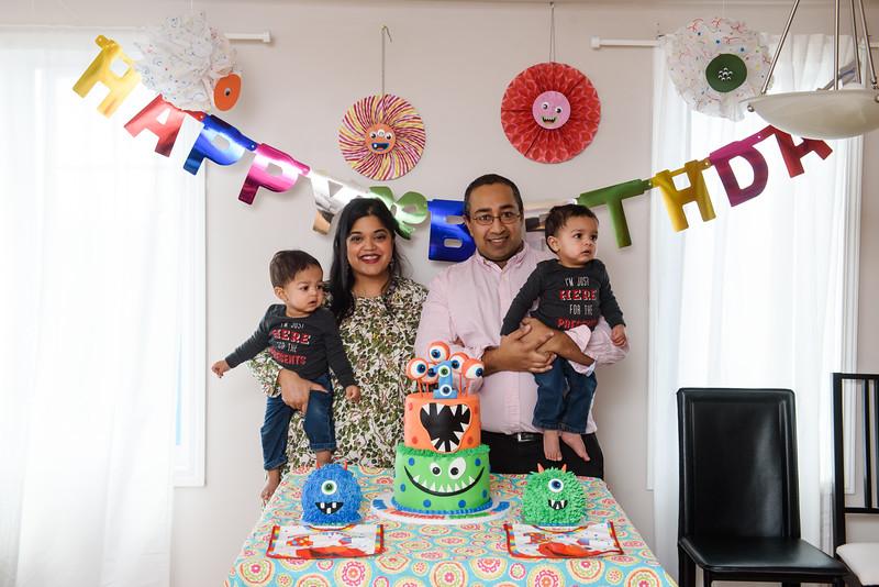 Roshin & Vinash Birthday Cakesmash-56.jpg