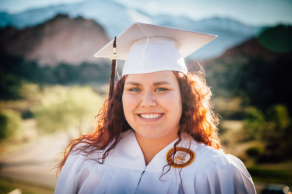 Bryanna Rossum - Graduation Photos