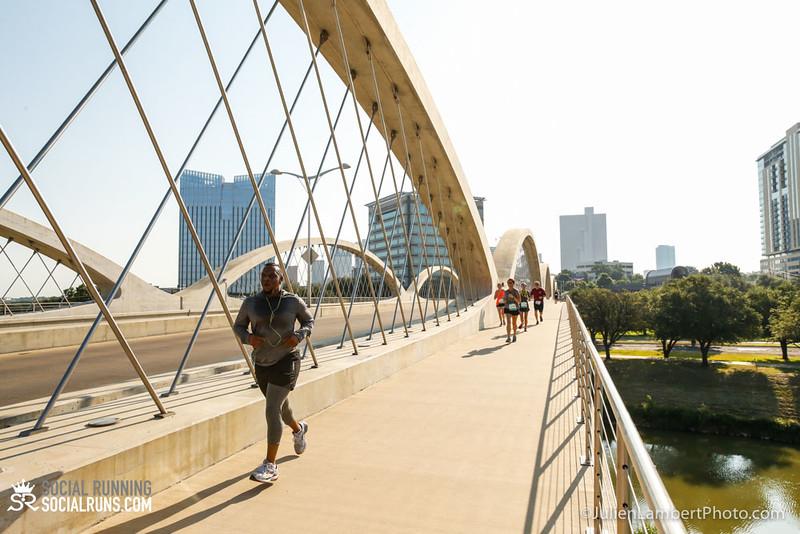 Fort Worth-Social Running_917-0402.jpg