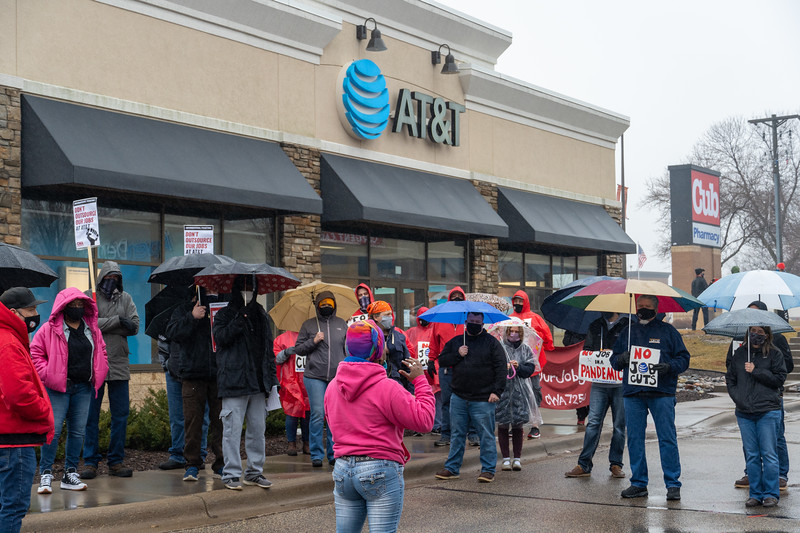 2021 03 10 CWA Picket at ATnT Robert Street West St Paul-14.jpg