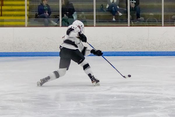 Longmeadow girls ice hockey 1-4-20
