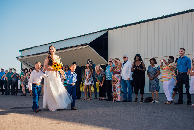 Kevin and Hunter Wedding Photography-5994619.jpg