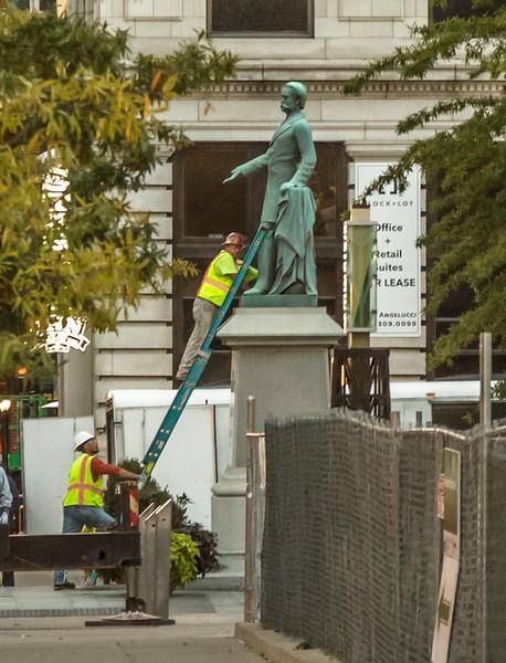 Confederate General Breckinridge Statue Removed 10 17 2017