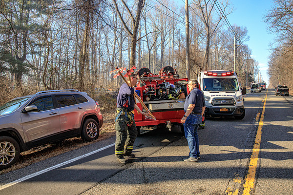 Large brush and forest fire Rte 9D - Dutchess Junction Fire District - 3/9/2020