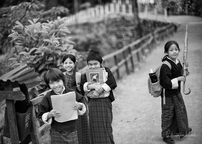 punakha-dzong_chorten-nebu_20120918_9254.jpg