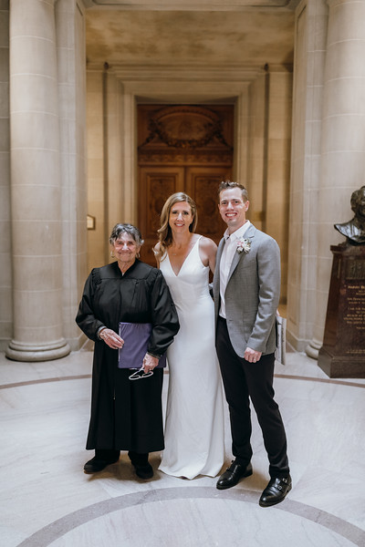 2018-10-04_ROEDER_EdMeredith_SFcityhall_Wedding_CARD1_0226.jpg