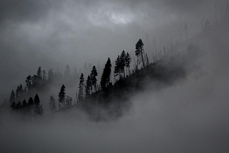 Cloudy_Mountain_HDR.jpg