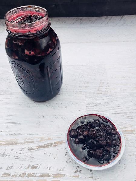pickled blueberries in jar 3.jpg