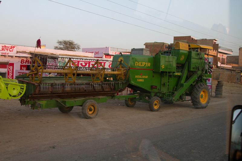 India_2012Feb-5599.jpg