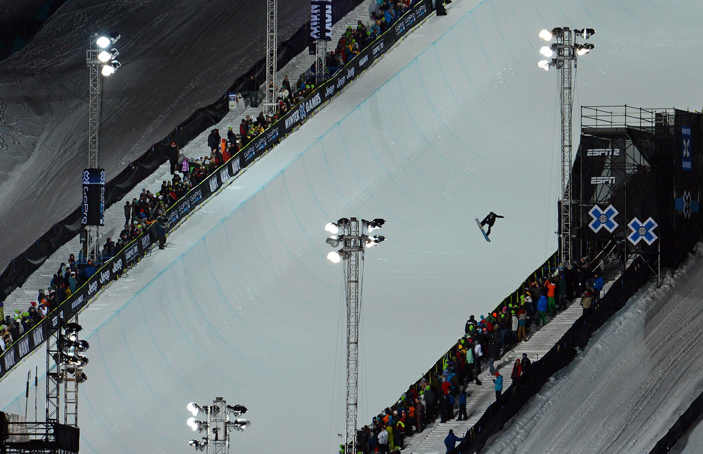 . ASPEN, CO. - JANUARY 27:  Shaun White warm up for the Men\'s Snowboard Super Pipe Final, January 27, 2013. The 2013 Winter X Games at Buttermilk Mountain in Aspen. (Photo By RJ Sangosti / The Denver Post)