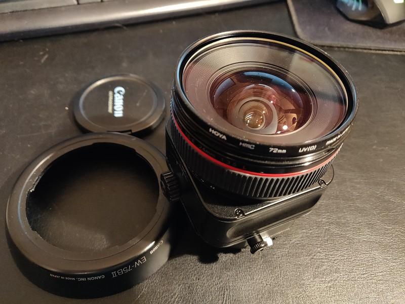 Canon TS-E 24mm 3.5 L - Serial UX0205 007.jpg