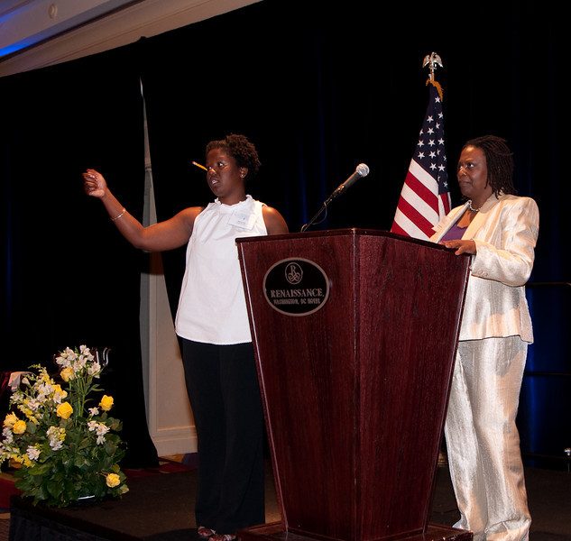 ImagesBySheila-DC Cares Service Award_CB5153.jpg