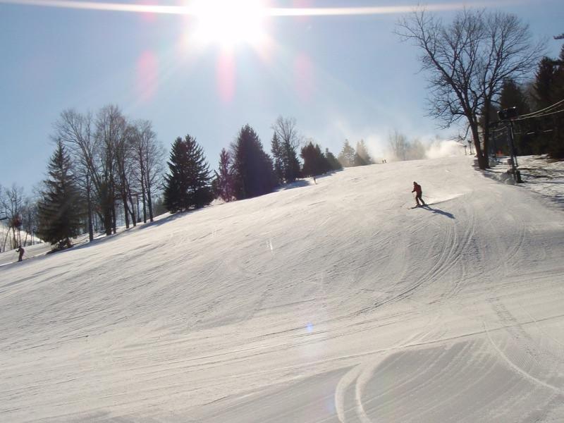 SnowTrailsOpeningDay12_16_09_028.jpg
