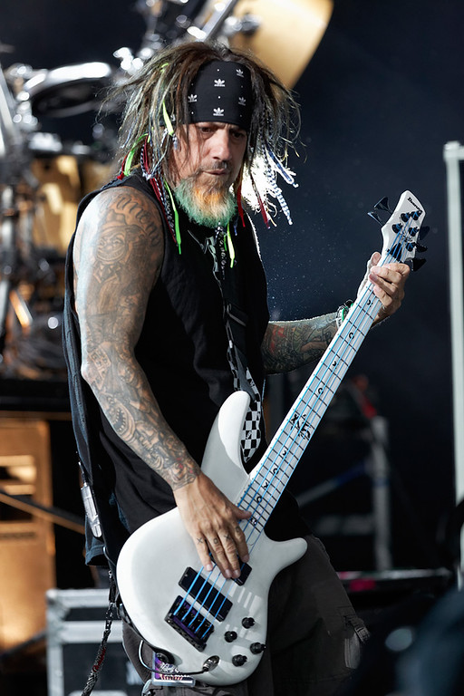. Korn\'s Fieldy Arvizu performs at Mayhem Festival on Thursday, July 18, 2014, at DTE Energy Theatre, Independence Township. Photo by Ken Settle