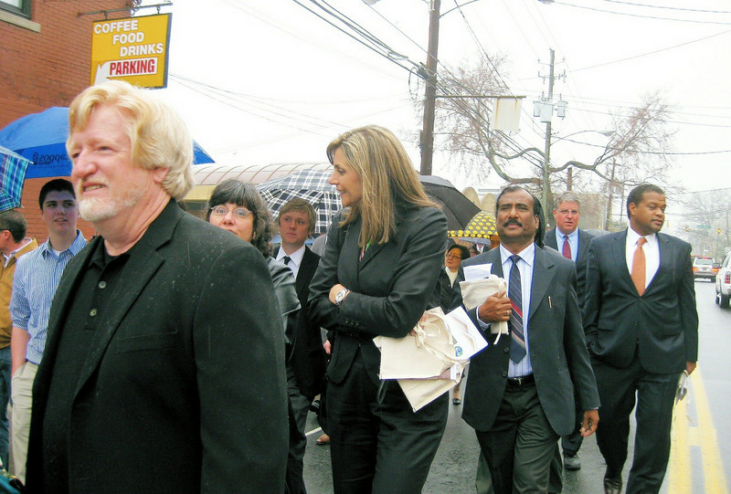Kim Fuller Isakson with Augustine of India behind her. jg