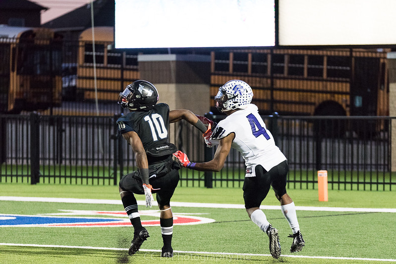 CR Var vs Hawks Playoff cc LBPhotography All Rights Reserved-1629.jpg