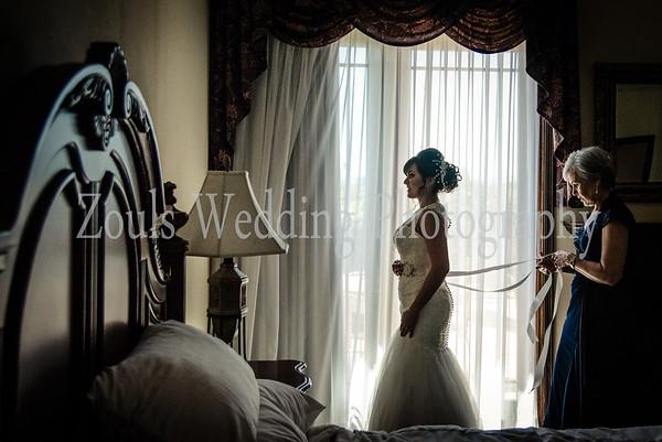 Berenice & Jonathan Bride Getting Ready