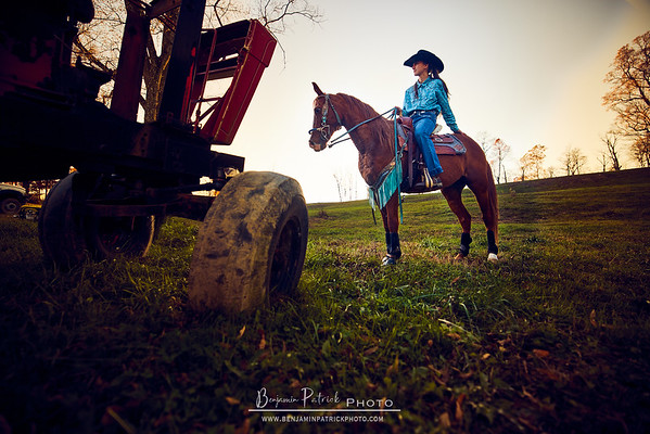An Equestrian Afternoon with Taylor