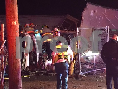 one-killed-after-car-crashes-into-vacant-building-on-gentry